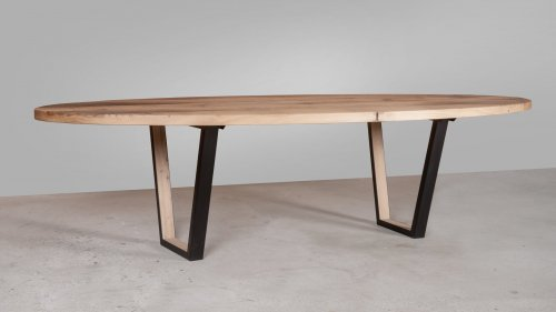 Ovale eikenhouten tafel X012