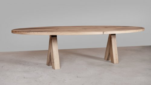 Ovale eikenhouten tafel X014