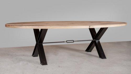 Ovale eikenhouten tafel X016
